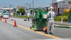 道路のショットブラスト これも飯舘村ではありません。最も一般的な形