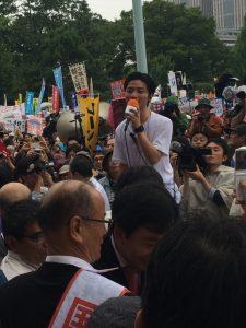 書評:SEALDsについて理解を深める3冊