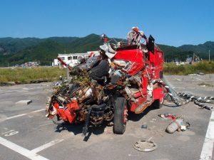 津波で町の中心部が破壊されつくした大槌町で。